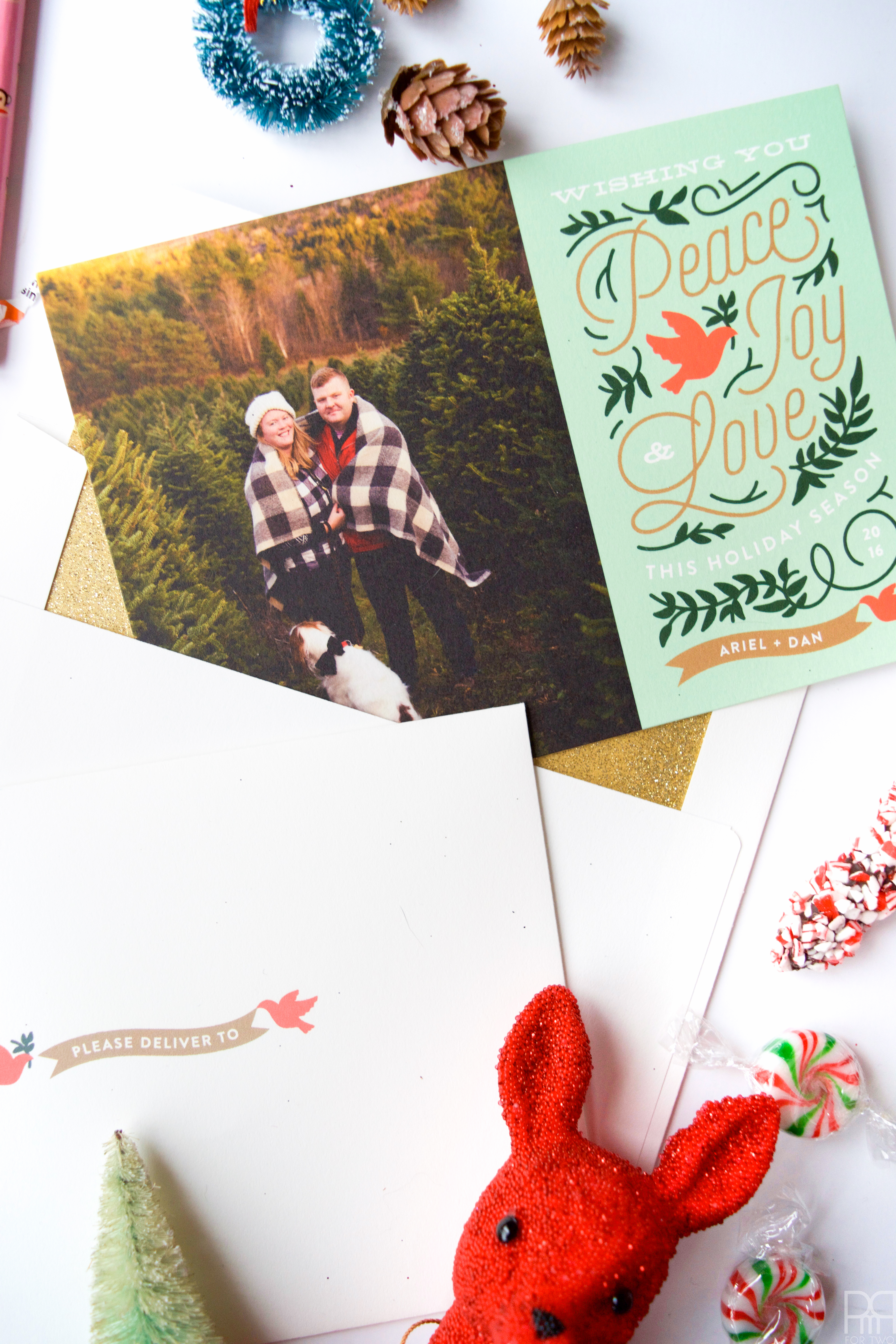 10 tips for creating a Christmas mailer