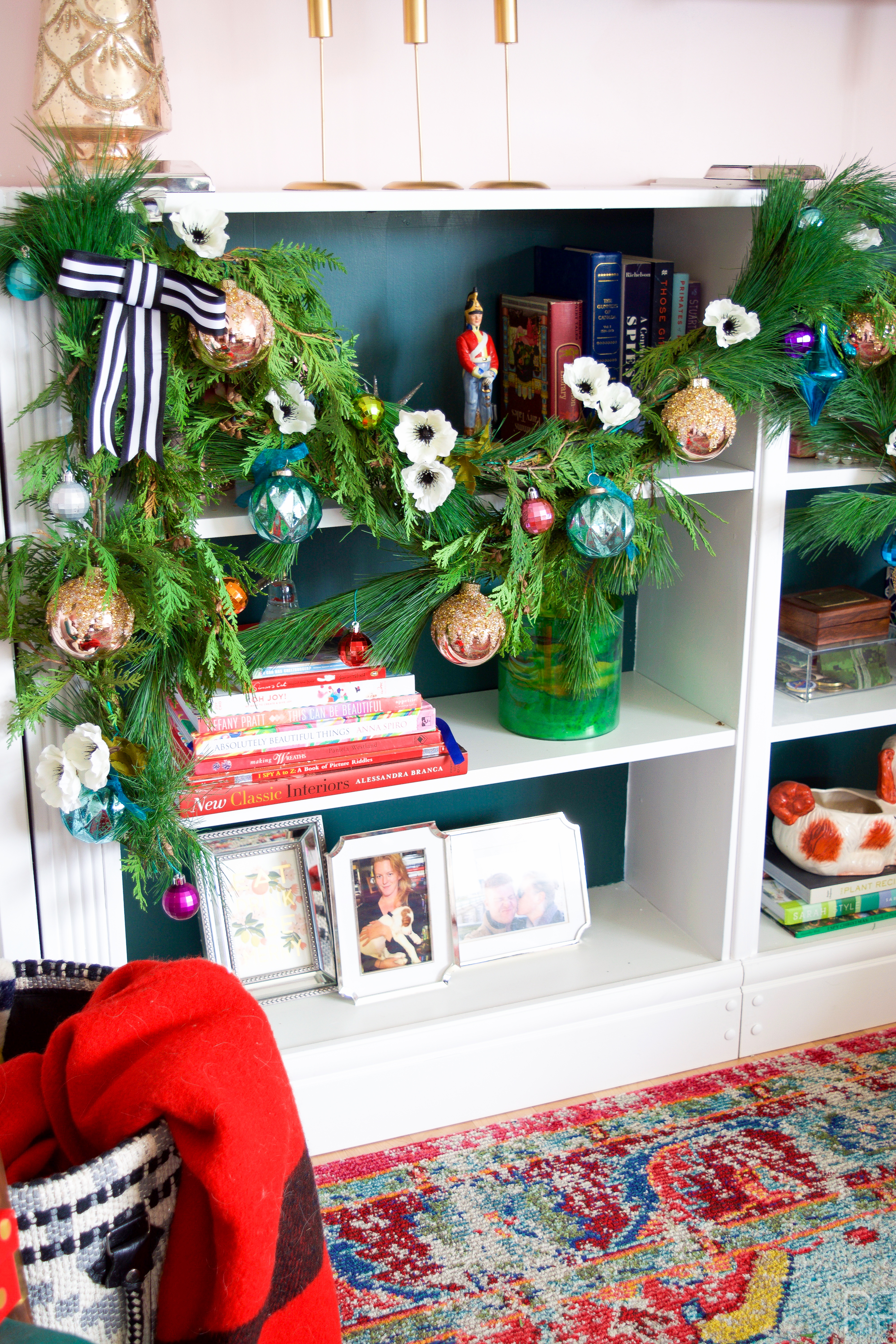 Colourful \u0026 Eclectic Holiday Mantel \u2022 PMQ for two
