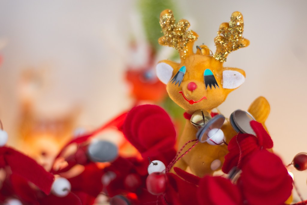 An MCM Christmas Tour with Collected Home antique deer