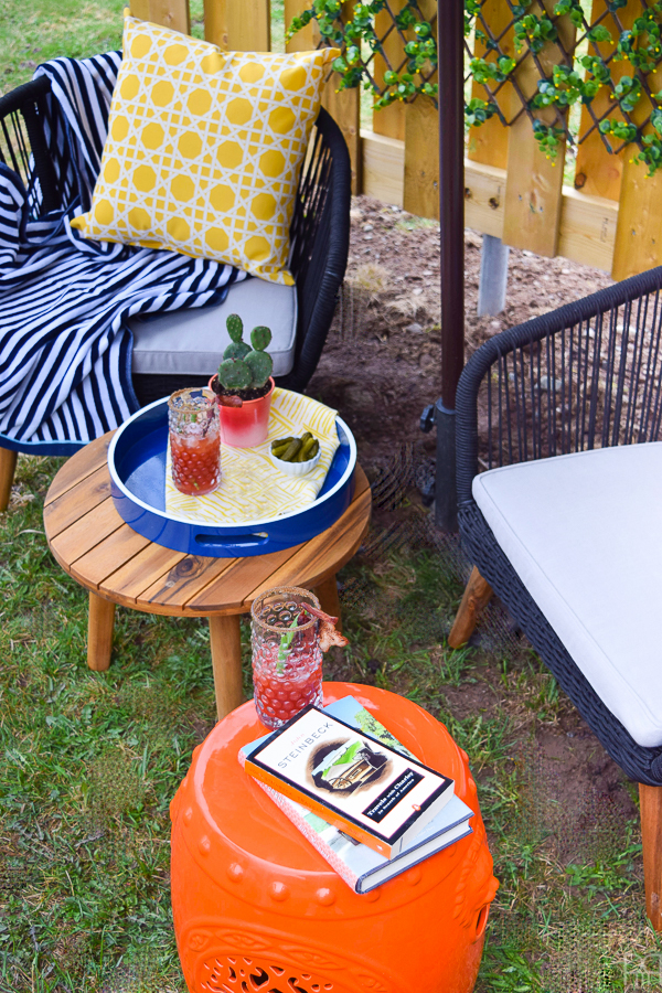 Opening the backyard patio for spring is usually accompanied by a fresh drink and an afternoon spent reading in the shade. I've got my top 2 tips for creating a welcoming and inviting patio / deck / seating area in any yard on the blog.