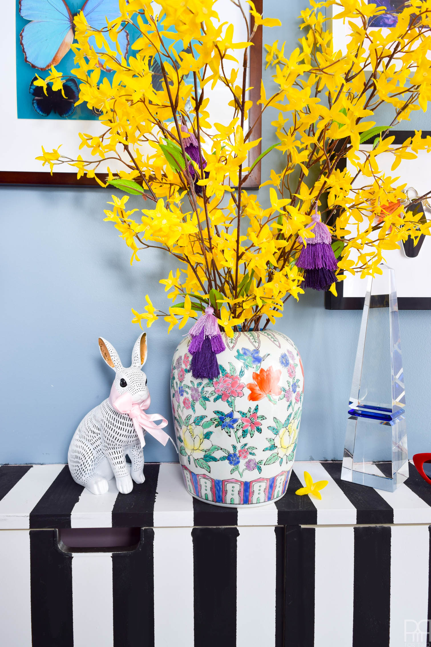 I've got a Curated Spring Living Room Decor situation that you need to see — they're small, colourful touches, that make my home feel fresh and ready for spring, and you can do the same in yours.