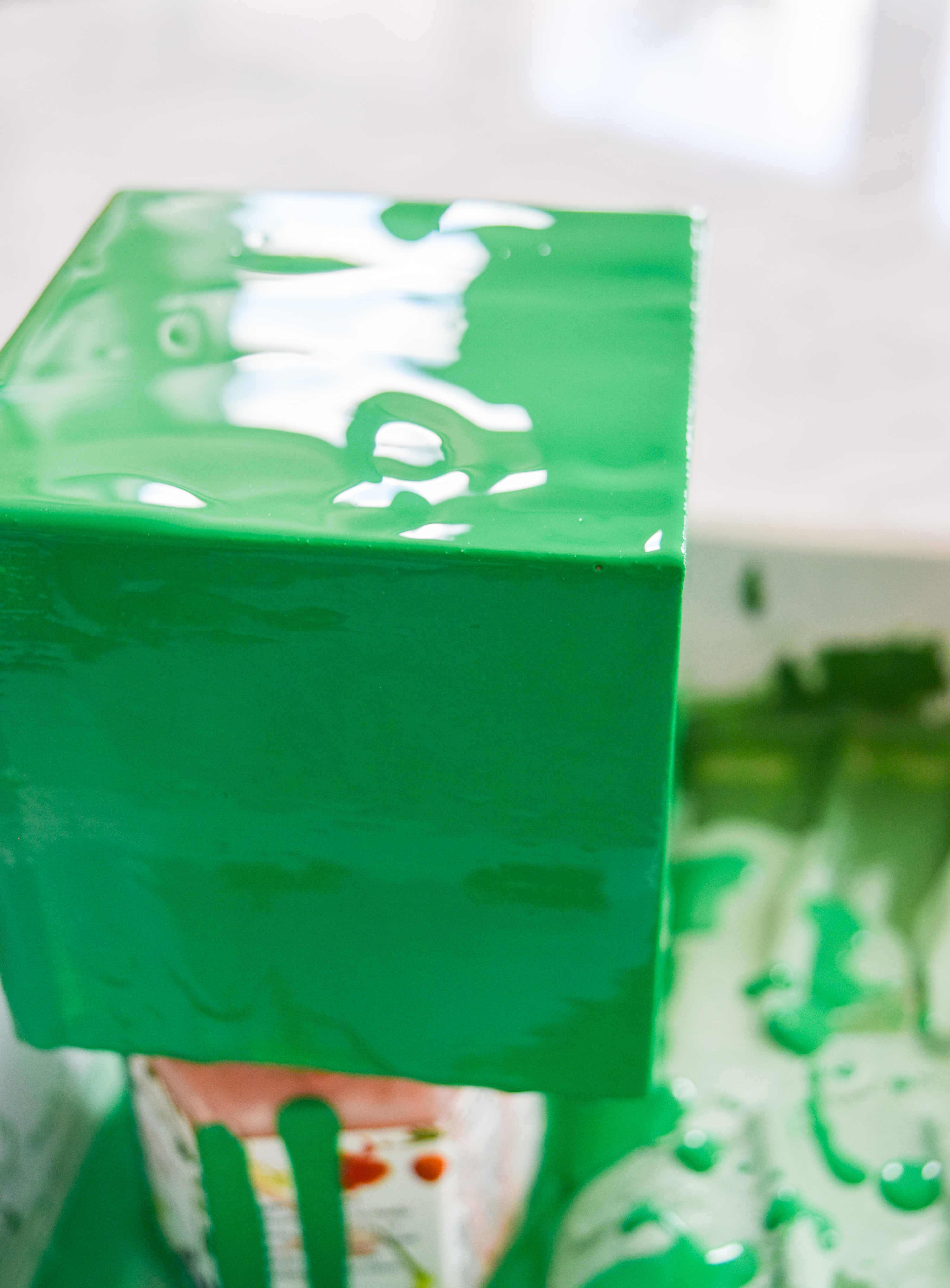 DIY Malachite & Cheetah Decor on a budget! Because who really has the coins for some malachite? Grab the secrets behind this paint pouring DIY.