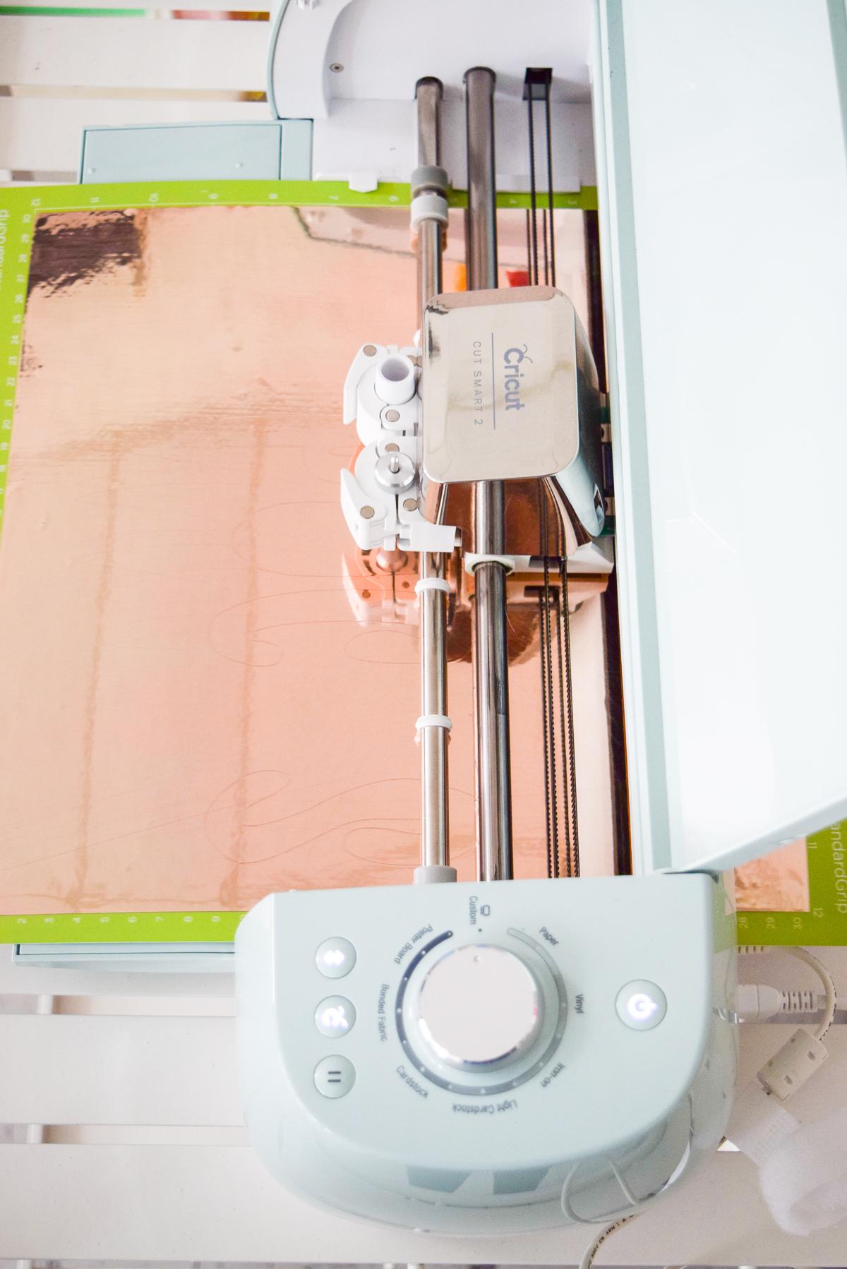 cricut machine cutting vinyl