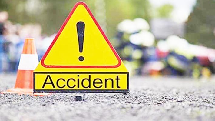 सवारी दुर्घटनामा तीनको मृत्यु, १५ गम्भीर घाइते