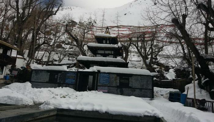 उच्च हिमाली जिल्लामा फेरि हिमपात, प्रहरीको वासस्थान सर्यो