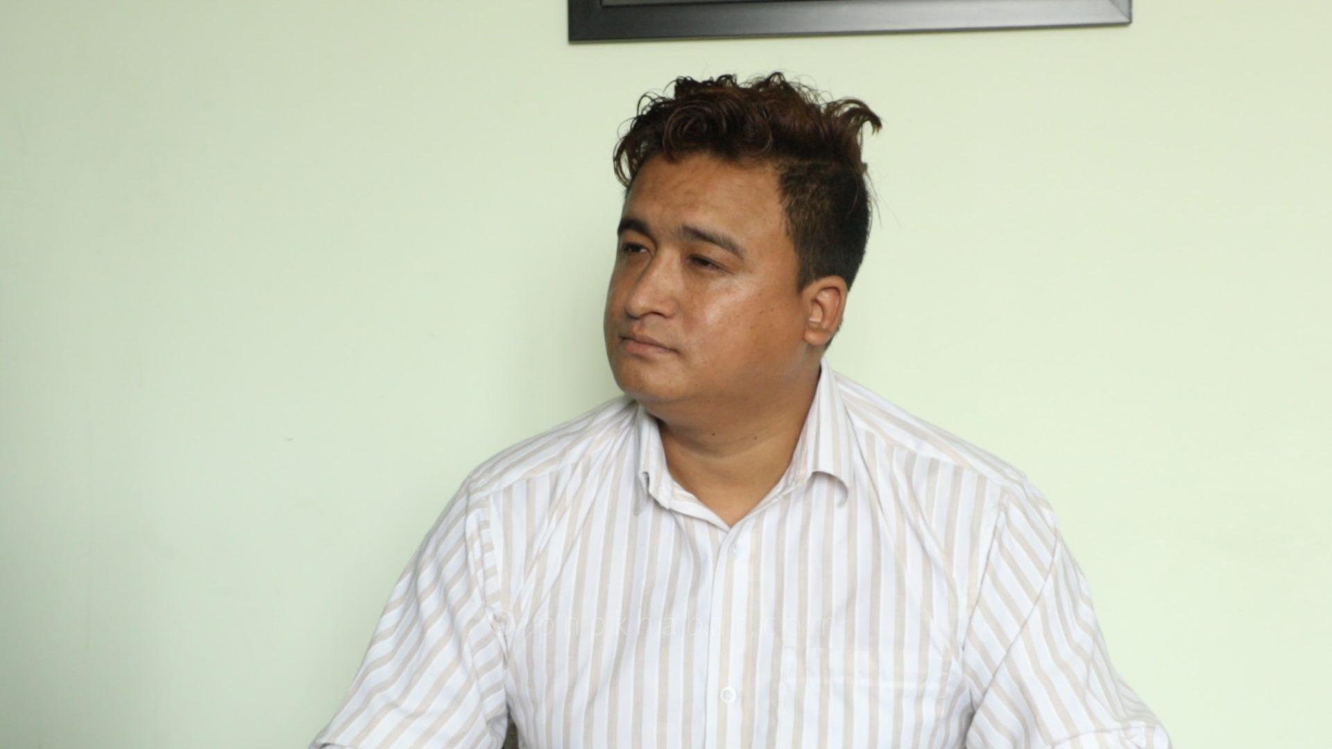 क्याप्टेन लामालाई नेपाल वायु सेवा निगमको प्रमुख बनाउनुपर्ने लेखक दिलनिशानीको माग