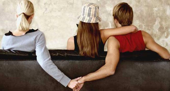 हत्यादेखि आत्महत्यासम्मः घातक बन्दै विवाहइतर सम्बन्धको परिणाम