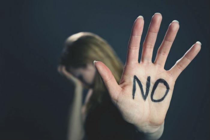 शौच गर्न गएकी किशोरीमाथि सामूहिक बलात्कार