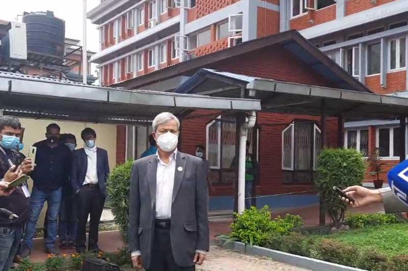 माधव समूहको राजीनामा रोकियो, प्रधानमन्त्रीलाई विश्वासको मत नदिने