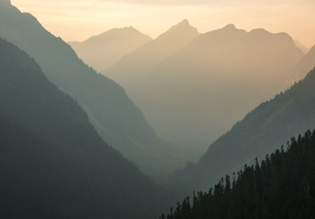 Wildfire smoke in the North Cascades