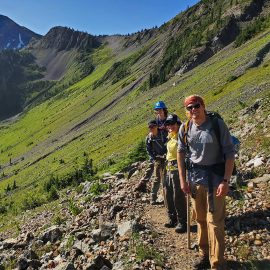 Our North Cascades Crew hikes to a worksite near Rock Pass. Photo by Thomas Gingrich.