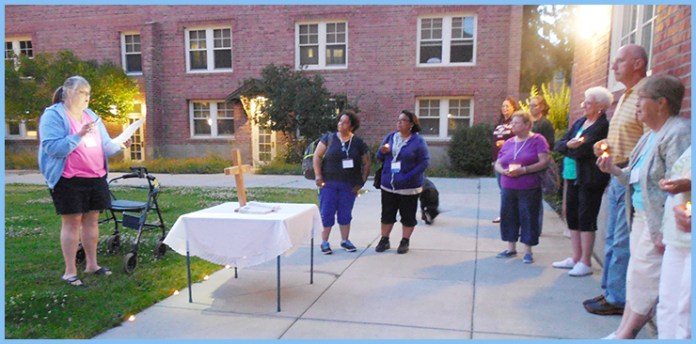 Participants at Mission u offer a prayer outside of the campus of Central Washington University (Ellensburg, Wash.).