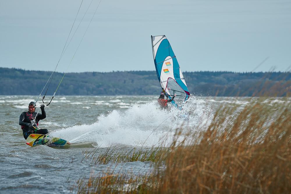 Timm-Ahrend_SURFEN-066_Foto-Burwitz-Pocha