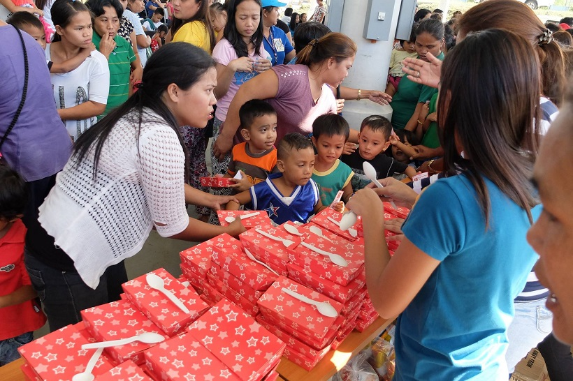 an-afternoon-of-fun-food-and-games-for-the-kids-of-brgy-bucal-in-silang-cavite