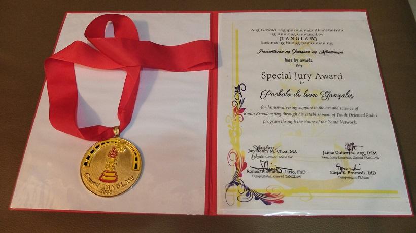 Pocholo Gonzales Gawad Tanglaw award