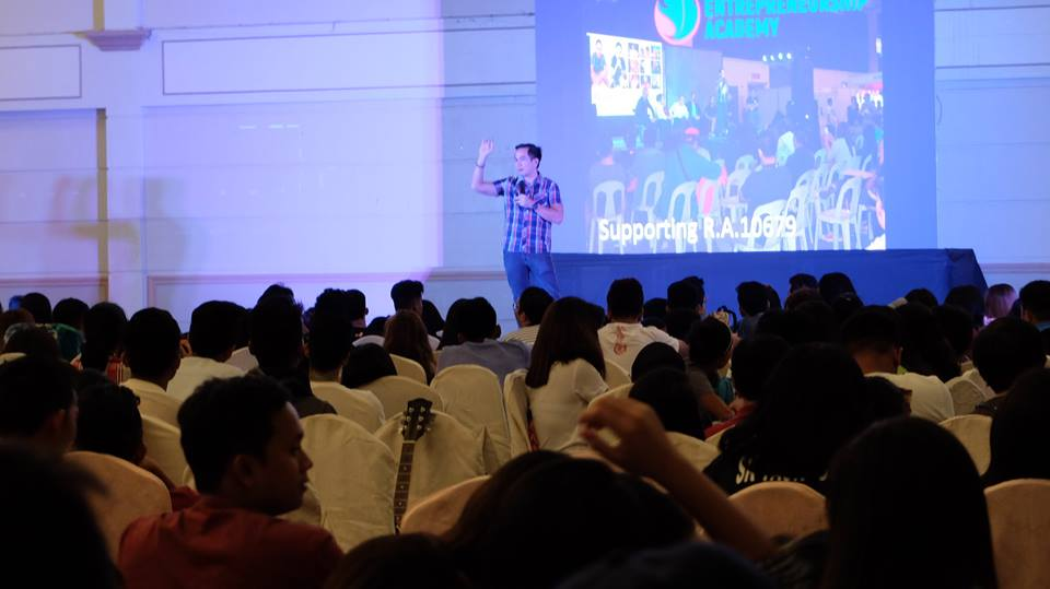 Filipino motivational speaker at the Davao Youth Leadership Congress