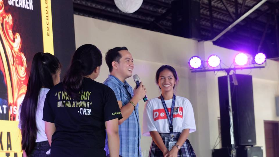 The VoiceMaster grants scholarships to talented singers during the seminar
