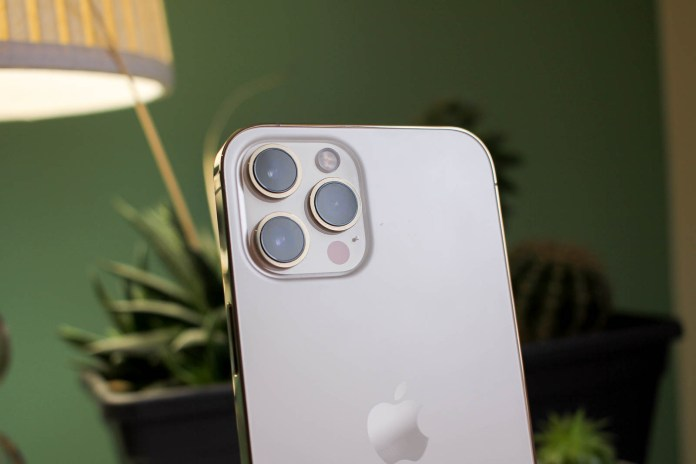 Apple iPhone 14 could have 48MP camera and support 8K video