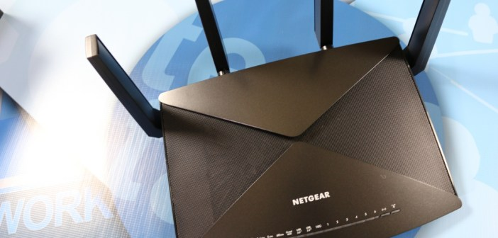 Netgear nighthawk x10 ad7200 mu mimo smart wi fi router review the design of the router is pretty cool it offers a mean look to it when all of the lights are doing their thing and the antennas are lit up greentooth Images