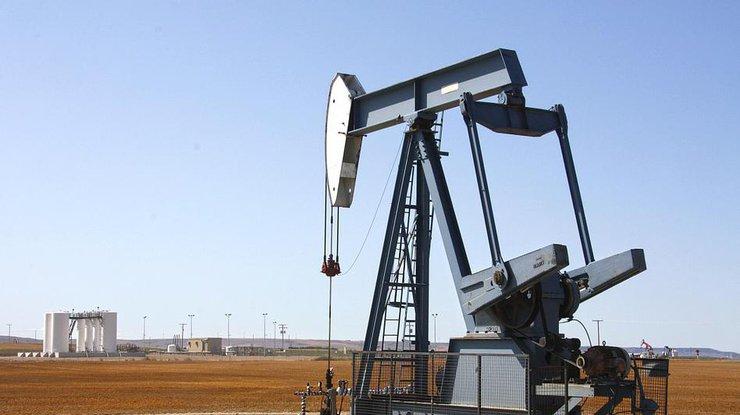 Цены на нефть постепенно снижаются