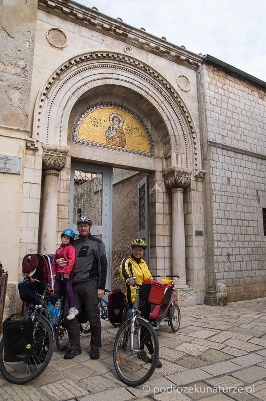 Przed bazyliką Eufrazjana w Porecu