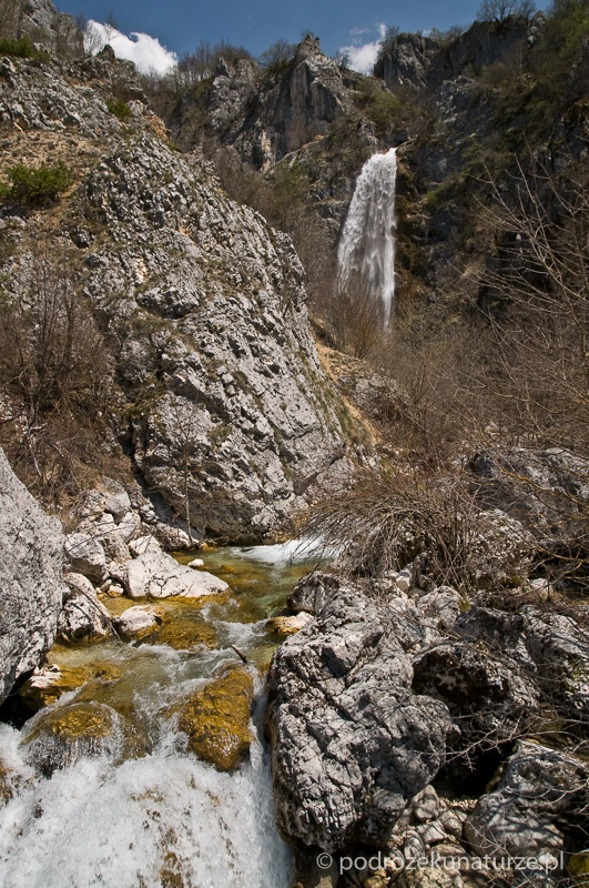 Wodospad powyżej kanionu Nevideo