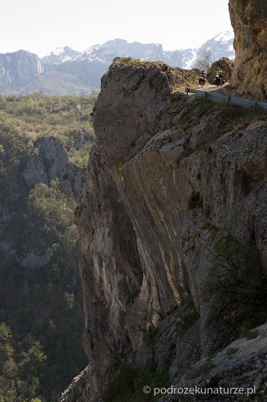 Niesamowita szosa w kanionie Komarnicy