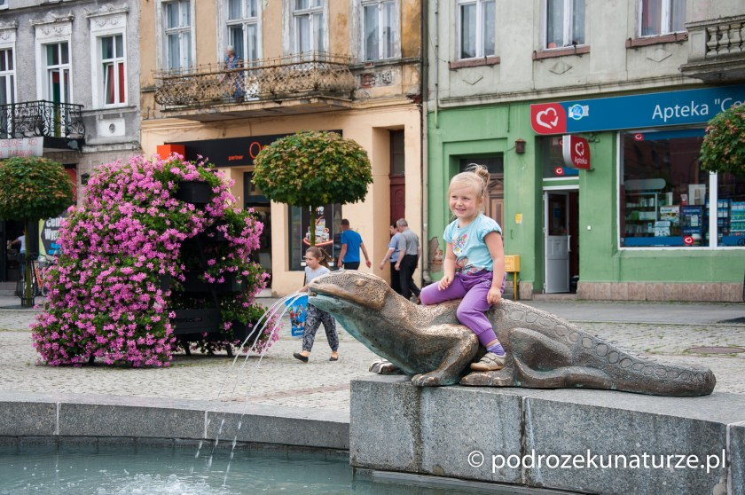 Oryginalna fontanna na rynku w Wąbrzeźnie