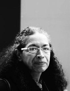 Sonia Nadhezda Truque