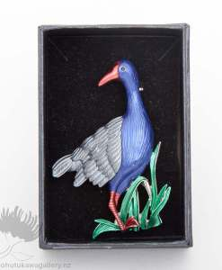 new zealand brooch