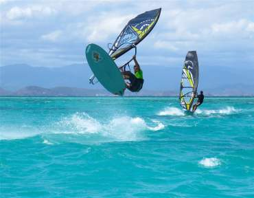 16_17_17_p7_new_caledonia_basile_team_action_6