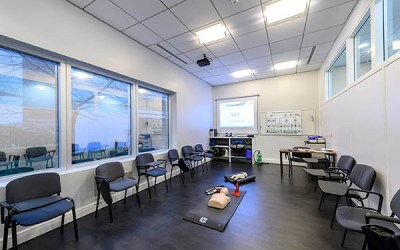 Découvrez en images les locaux de Point Bleu Formation au Carrefour Pleyel : plus de 400m² dédiés aux formations en Sécurité