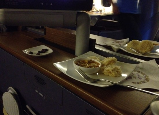 Fried rice crackers Starter served onboard Thai Airways First Class Bangkok - Sydney