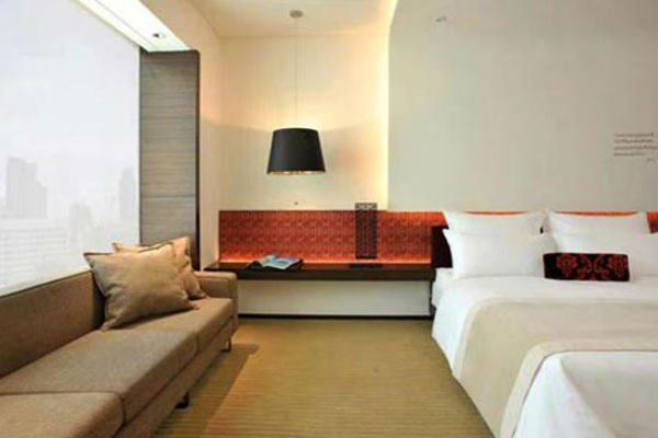 Le Meridien Bangkok - One of the Best Category 4 Starwood Hotels