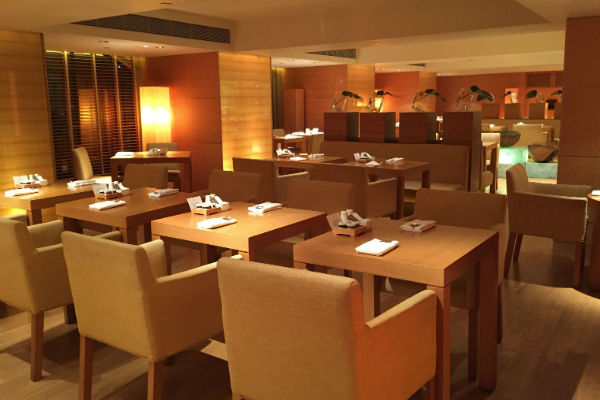Grand Club Lounge Dining Room
