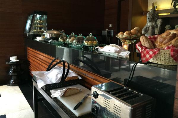 Asian breakfast buffet