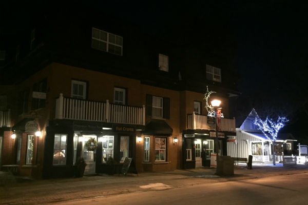 Main Street Unionville Stores Stars Hollow Connecticut