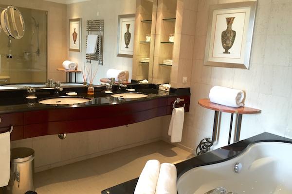 Hyatt Regency Thessaloniki Executive Suite Double Sink