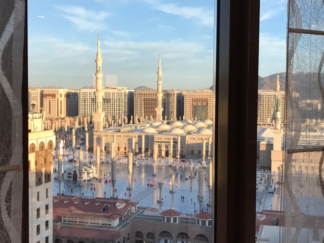 Review Pullman Zamzam Madina 2 Bedroom Executive Suite Pointchaser