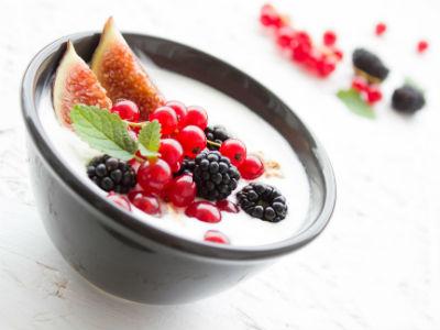 Greek Yogurt - Strained yogurt - Grčki jogurt - 希腊酸奶 - Гръцко кисело мляко - Yaourt grec - Griechischer Joghurt - Görög joghurt - יוגורט יווני - Jogurt grecki - ギリシャヨーグルト - Греческий йогурт - Грецький йогурт - Yunan yoğurt - Grekisk yoghurt - Iaurt grecesc - Iogurte grego - Yogur griego
