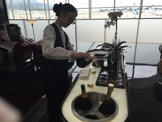 the wing first class lounge review cathay pacific hkg hong kong airport