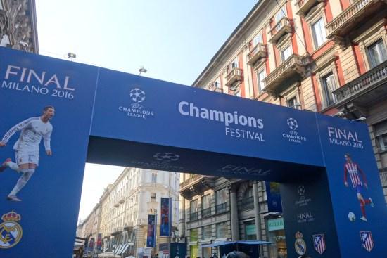 UEFA Champions League Final milan duomo galleria bull torino pizza emirates italy