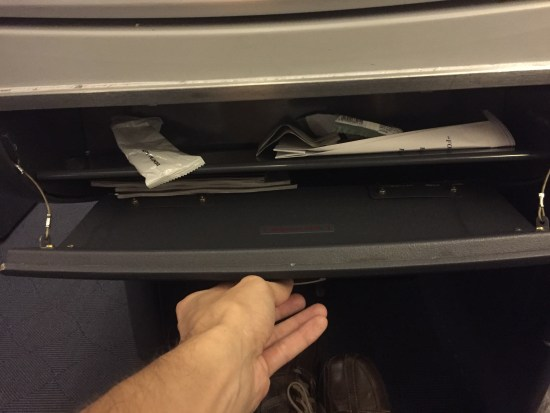 american airlines business class dallas london dfw lhr lost bag