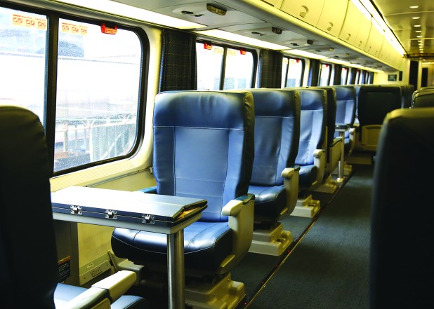 Refreshed Amtrak Acela Express First Class Seats As You Can See The Frames Of Are Unchanged But Themselves Getting Some Tlc