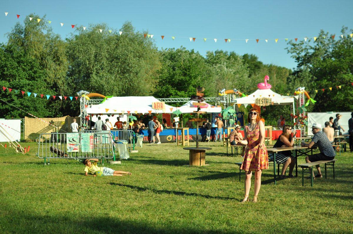 Le festival Pelpass : 3 jours de concerts, de jeux et d'herbe grasse immortalisés en photos