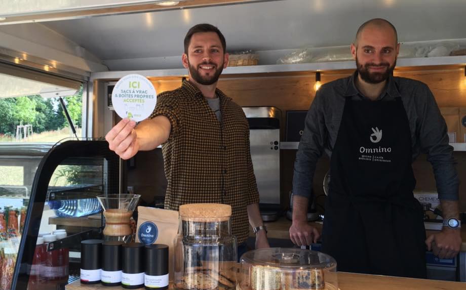 Strasbourg : 60 restaurants collent un sticker pour en finir avec les emballages inutiles
