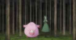 L'une des deux a l'air heureuse d'être dans une si sombre forêt, tout de même.