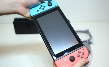 Unboxing-Nintendo-Switch-Pokemon-Millennium-19