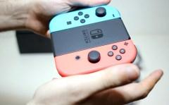 Unboxing-Nintendo-Switch-Pokemon-Millennium-21