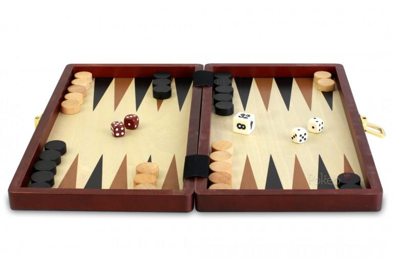 Backgammon : Un jeu traditionnel à edécouvrir